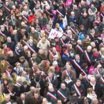 Plus de 14 900 maires ne célébreront pas de mariages entre personnes de même sexe